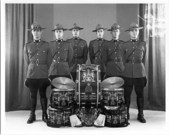 drum corps 23-04-1964